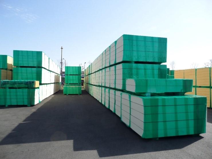 경질 우레탄 폼 단열재(polyisocyanurate)로 건물 외피의 단열 요구 ...