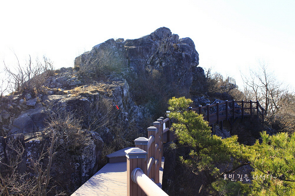 Yeohangsan Seobuksan Uirimsa Valley